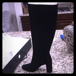 NWT black suede slouchy boots